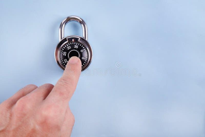 Cierre de la cerradura de combinación para arriba foto de archivo libre de regalías