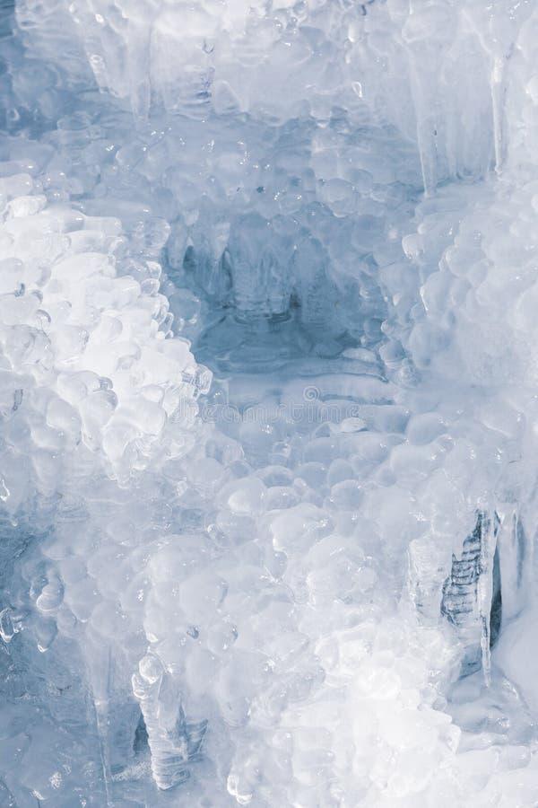 Cierre de la pared del agua helada para arriba imágenes de archivo libres de regalías