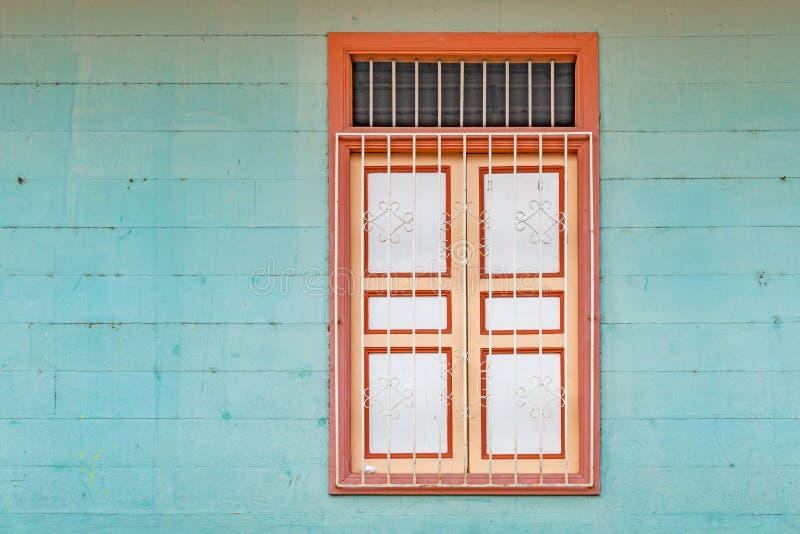 Cierre de la ventana de Guayaquil para arriba, Ecuador imagen de archivo libre de regalías