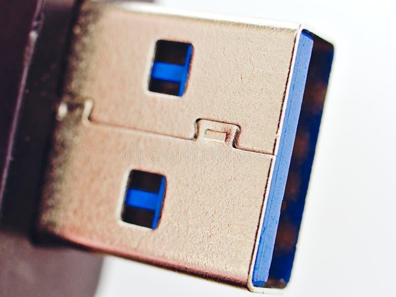 Cierre del conector USB3 para arriba
