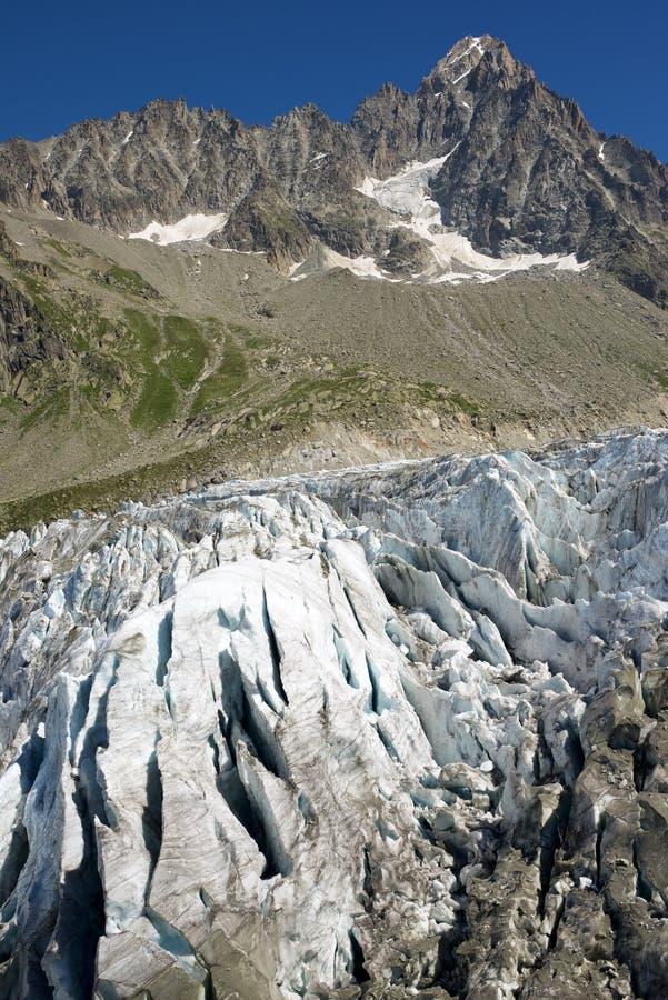 Cierre del glaciar de Argentiere para arriba imagenes de archivo