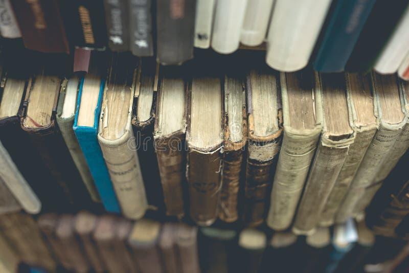 Download Cierre Del Libro Viejo Para Arriba Imagen de archivo - Imagen de cubierta, archivo: 100533735