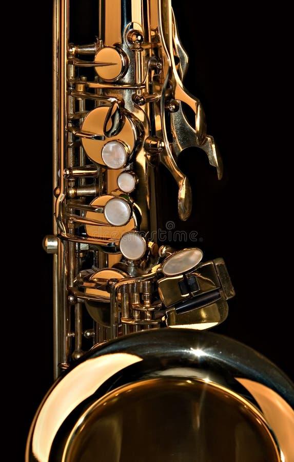 Cierre del saxofón del tenor para arriba imágenes de archivo libres de regalías