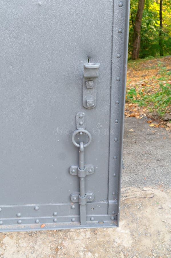 Cierre en puerta del hierro foto de archivo