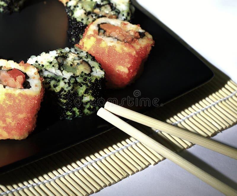 Cierre para arriba Comida japonesa tradicional, cocina nacional del sushi fotografía de archivo libre de regalías