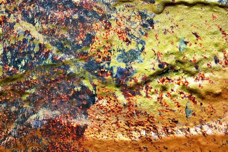 Cierre para arriba la superficie de la pintura colorida rociada en las paredes del hormig?n y del cemento en la alta resoluci?n stock de ilustración