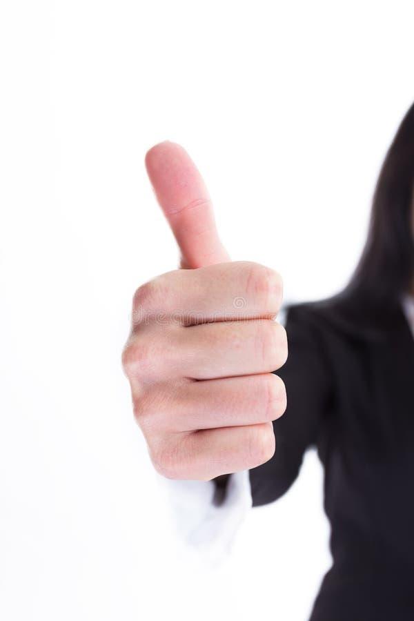 Cierre para arriba Mujer de negocios que muestra el pulgar para arriba fotos de archivo libres de regalías
