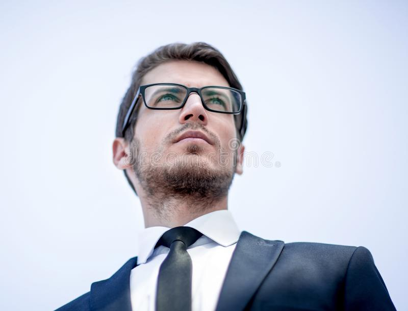 Cierre para arriba Retrato de un hombre de negocios confidente fotografía de archivo libre de regalías