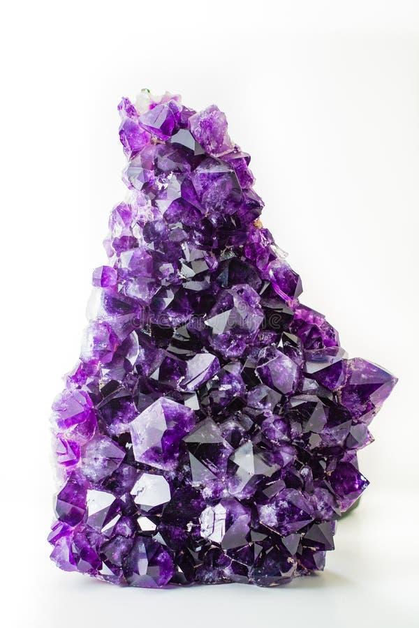 Cierre semiprecioso del cristal de la amatista violeta grande para arriba imagen de archivo libre de regalías