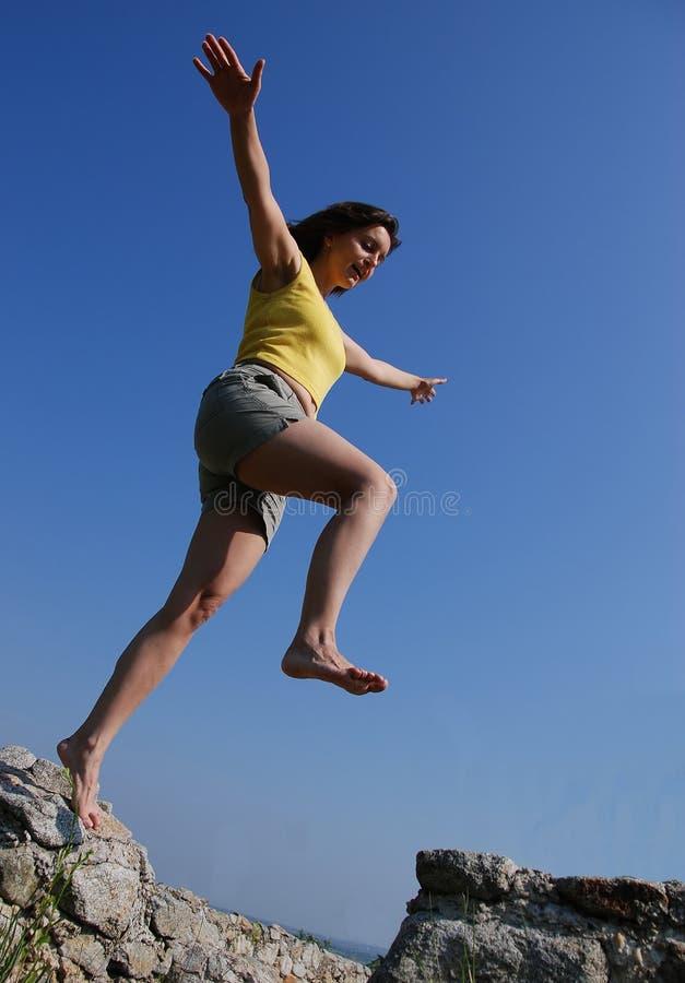 cieszyć się życiem młodych kobiet fotografia royalty free