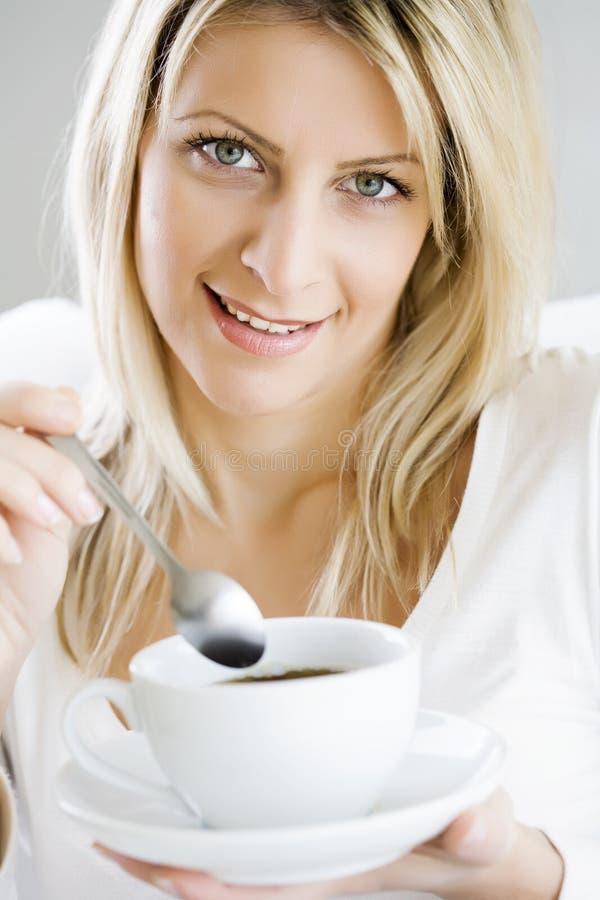 cieszyć się kawy zdjęcie royalty free