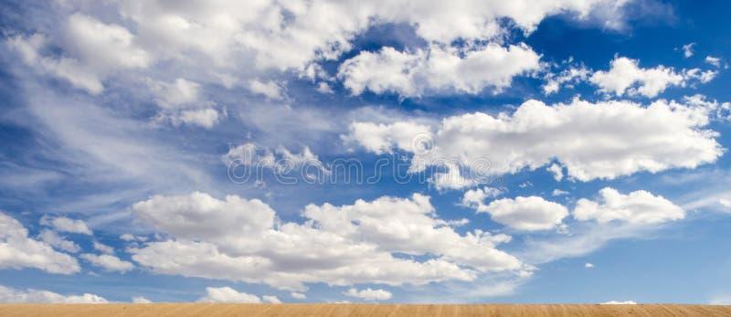 Cieux bleus images libres de droits