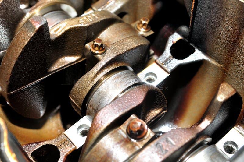Cigüeñal de un motor de coche foto de archivo