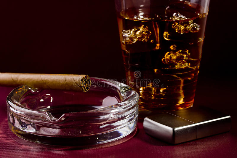 Download Cigar And Whiskey Stock Photo - Image: 21883540