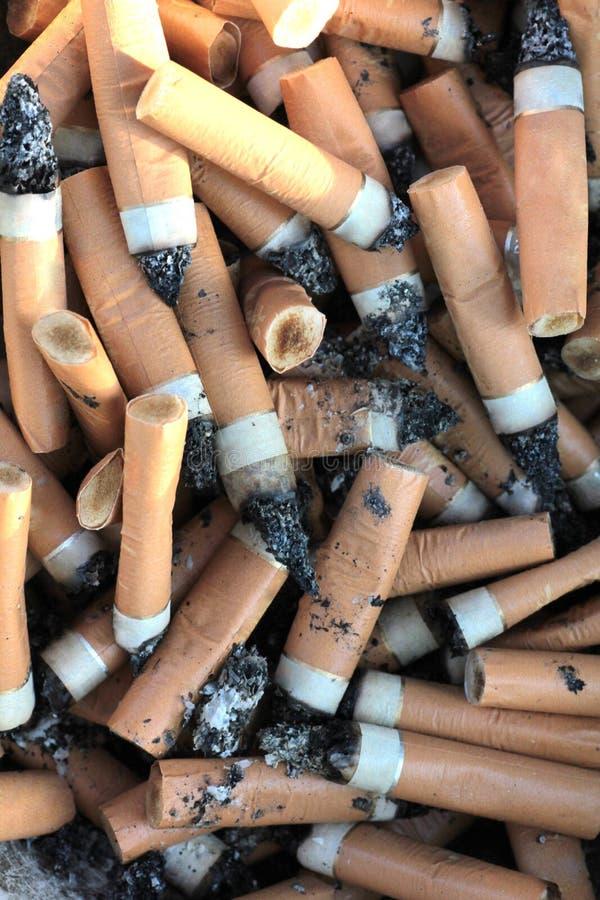 Cigarette butts trois photo stock
