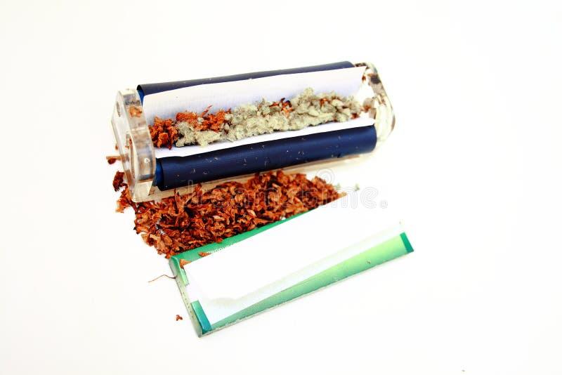 Cigarette de cannabis images stock