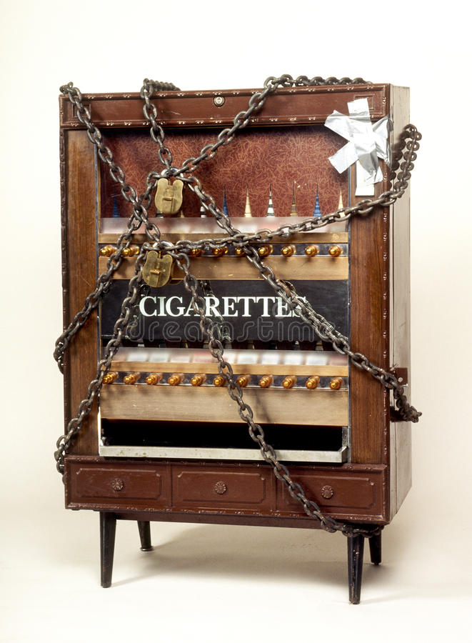 Download Cigarette machine stock image. Image of wrapped, chains - 16456995