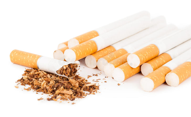 Cigarettes sur le fond blanc images libres de droits