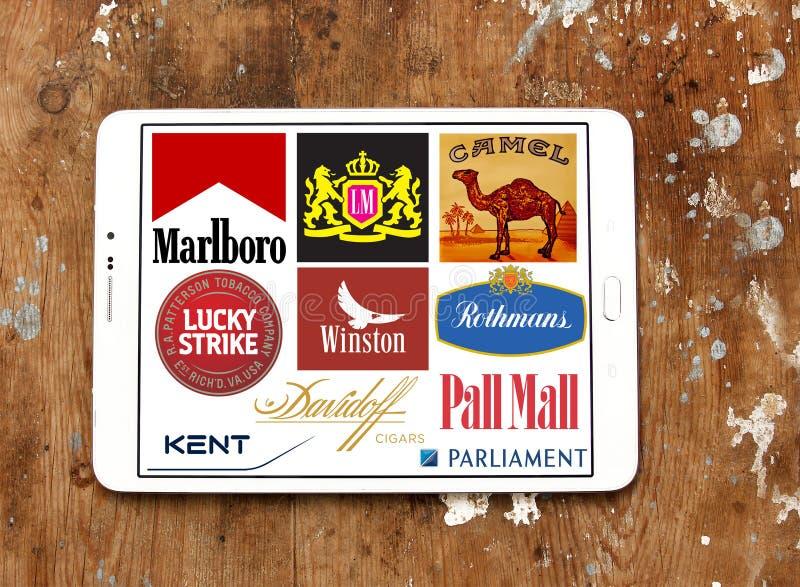 Cigarettmärken och logoer fotografering för bildbyråer