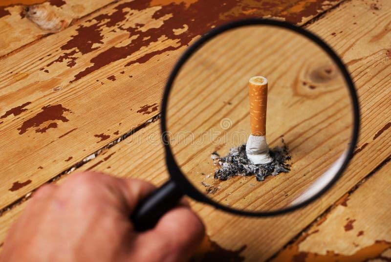 cigarettstump fotografering för bildbyråer