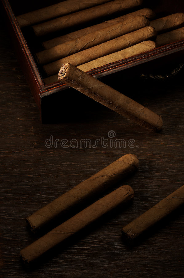 Free Cigarillos In Box Stock Images - 1816994