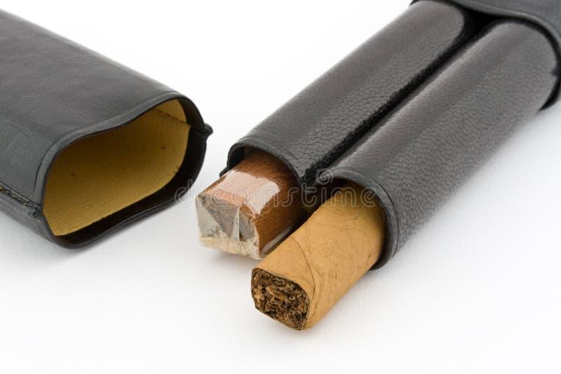 cigarr 2 arkivfoton
