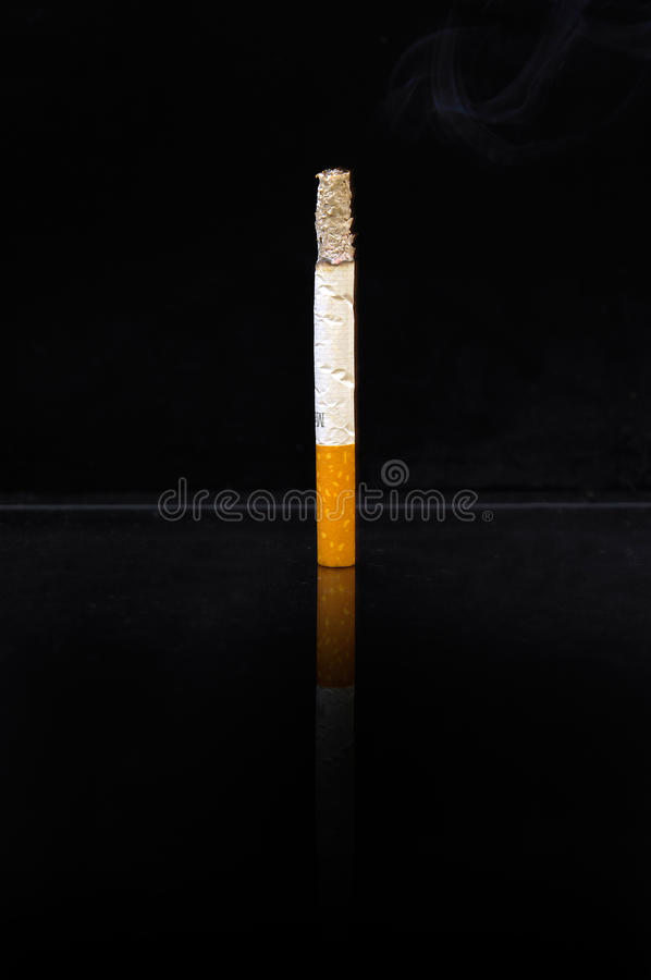 Cigarrillo imagen de archivo libre de regalías