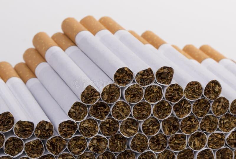 Download Cigarrillo imagen de archivo. Imagen de pulmones, salud - 41907109