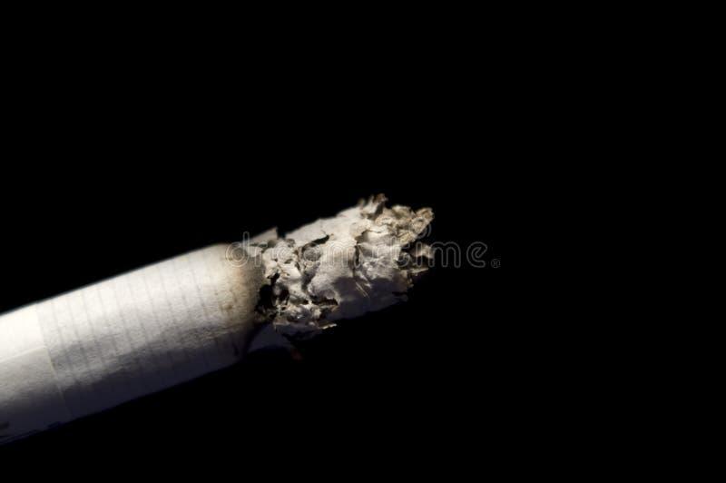 Cigarro de fumo fotografia de stock