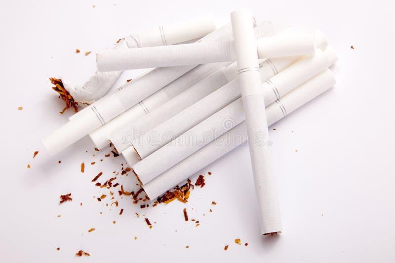 Cigarros de fumo foto de stock royalty free