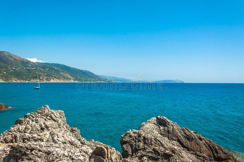 Cilento linia brzegowa blisko Pisciotta, Campania, Włochy obrazy royalty free