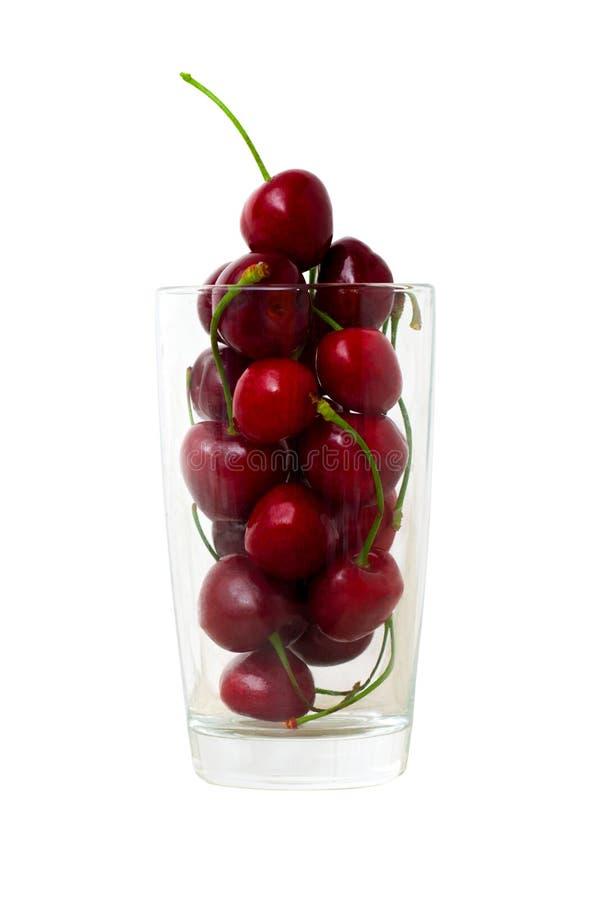 ciliege fresche in vetro per il succo o lo smoothi casalingo della ciliegia copyspace - concetto dolce di cibo, del dessert e del fotografia stock