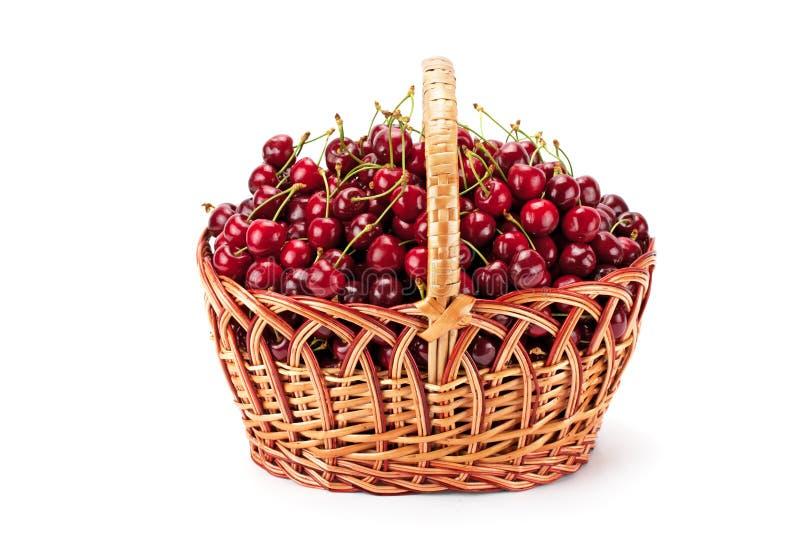 Download Ciliege Mature Dolci In Un Canestro Immagine Stock - Immagine di dessert, crop: 55359441