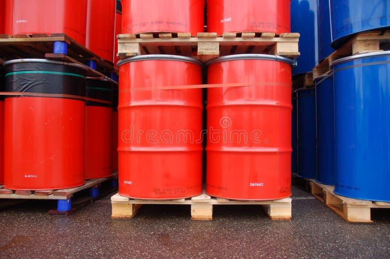 Cilindro de petróleo imagem de stock