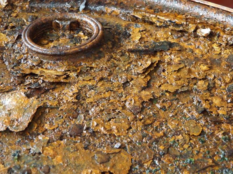 Cilindro de petróleo abandonado foto de stock royalty free