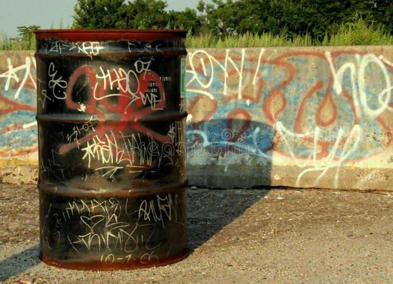 Cilindro dos grafittis fotos de stock