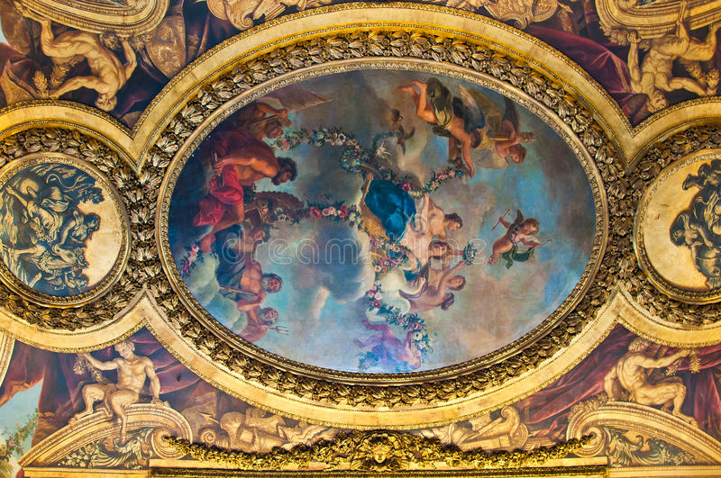 Cilling i den Versailles slotten arkivbilder