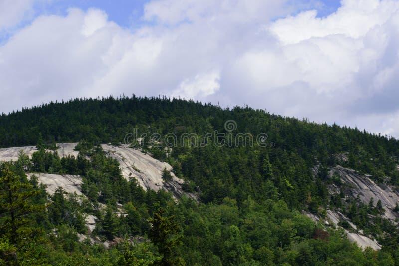 In cima alla montagna fotografia stock