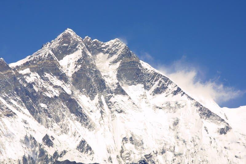 Cimeira 8000er Lothse de Himalaya imagem de stock