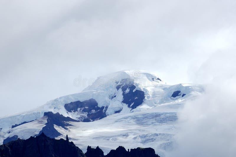 Download Cimeira De Hvannadalshnukur, Islândia. Foto de Stock - Imagem de céu, gelo: 26514384