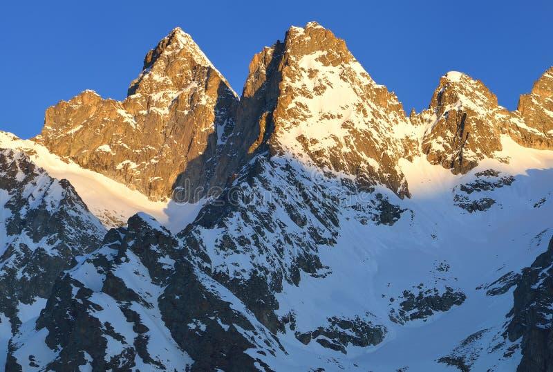 Cimeiras de Cáucaso imagens de stock