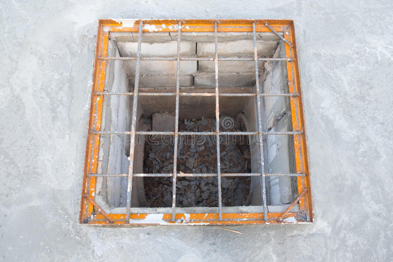 fosse septique en ciment simple fosse septique en bton with fosse septique en ciment gallery. Black Bedroom Furniture Sets. Home Design Ideas