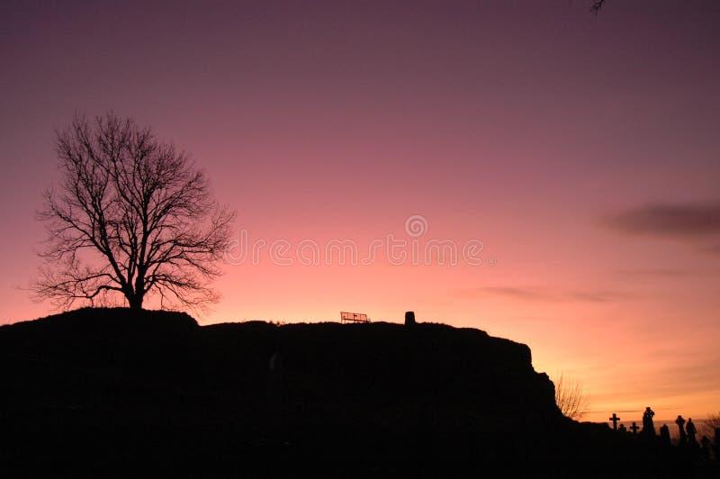 Cimetière au coucher du soleil photo libre de droits