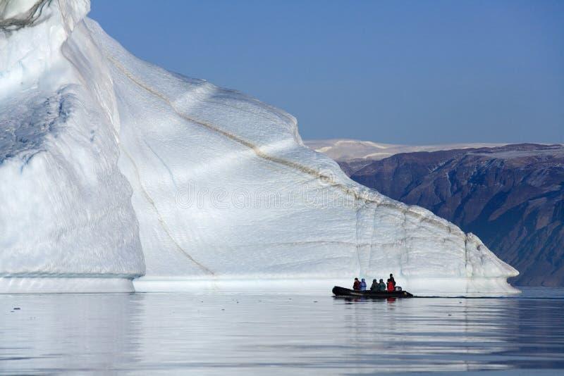 Cimetière d'iceberg - Franz Joseph Fjord - Groenland image stock
