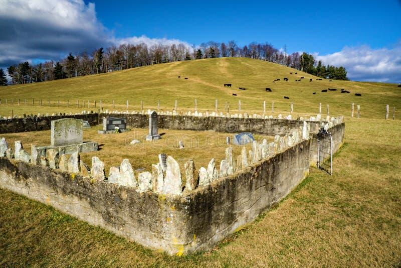 Cimetière de rasoir sur Ridge Parkway bleu, la Virginie, Etats-Unis image stock