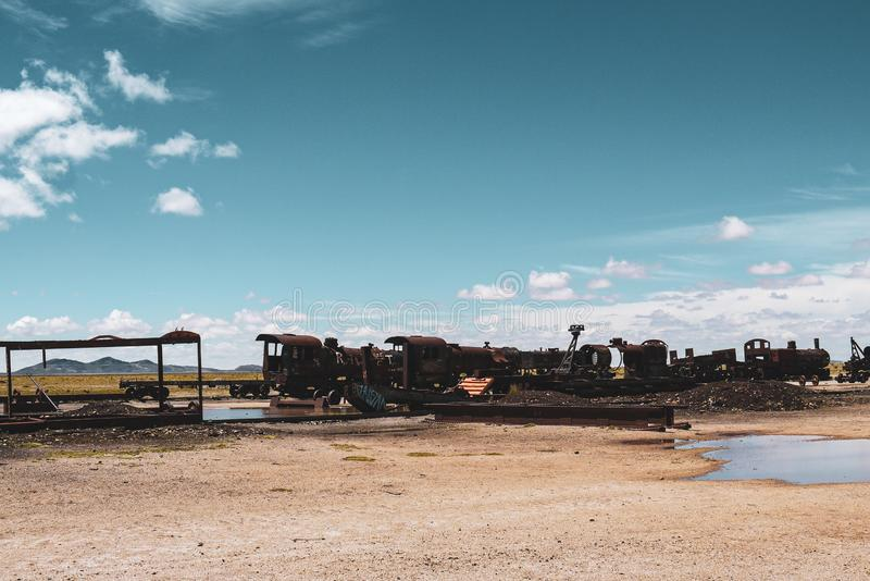 Cimetière de train en Salar de Uyuni photo stock