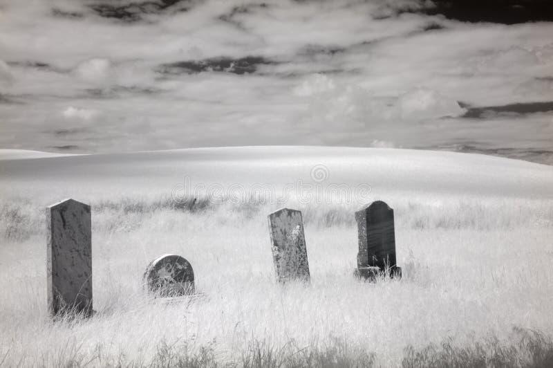 Cimetière infrarouge photo libre de droits