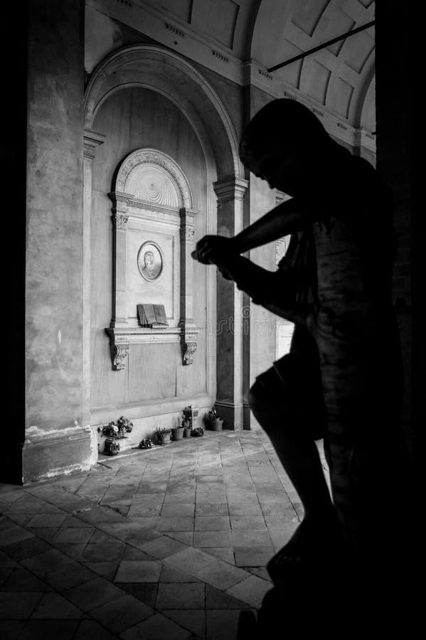 Cimetière rampant antique photographie stock libre de droits