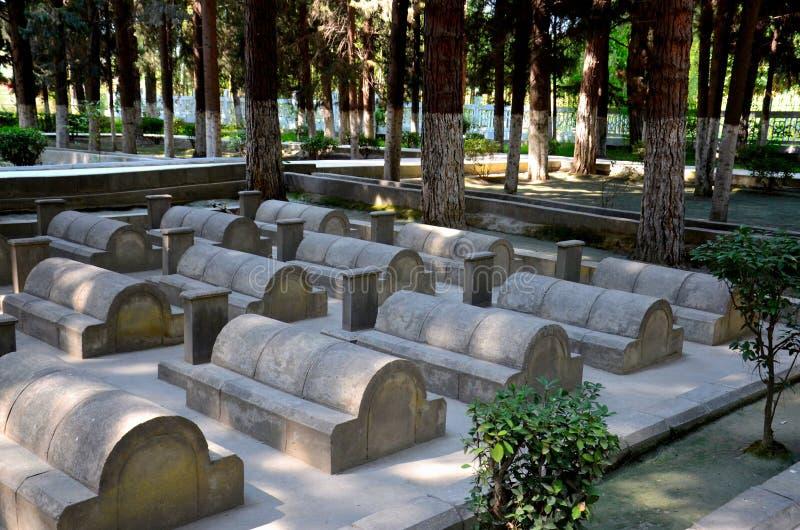 Cimitero cinese o la Cina Yadgar con le tombe e le tombe dei soldati cinesi e dei lavoratori Gilgit Pakistan fotografia stock