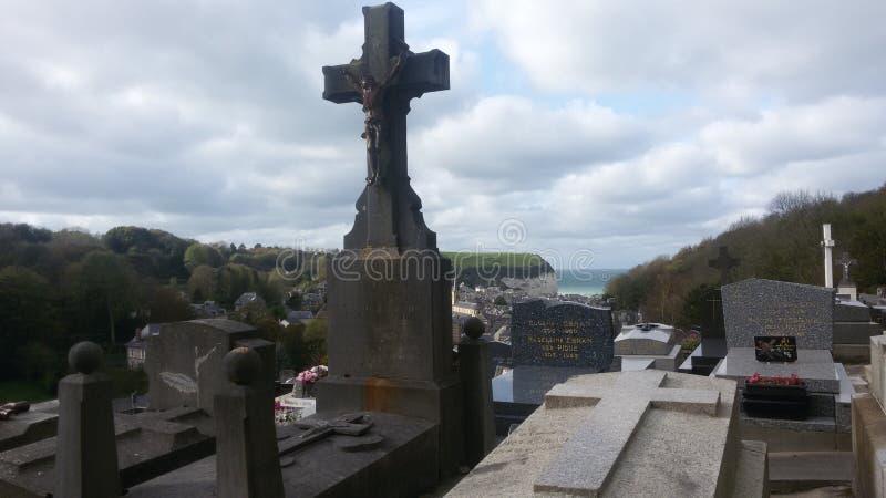 Cimitero con la vista piacevole ma la storia crudele immagini stock libere da diritti
